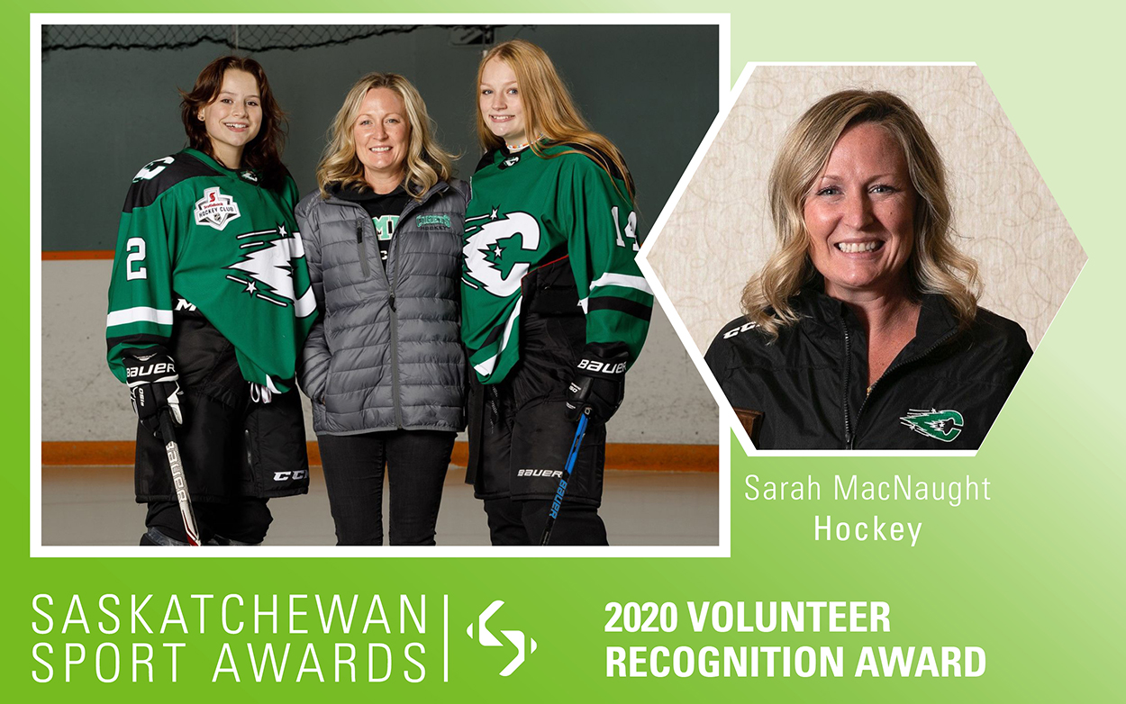Women's hockey team manager, Sarah MacNaught, honoured with Volunteer Recognition Award